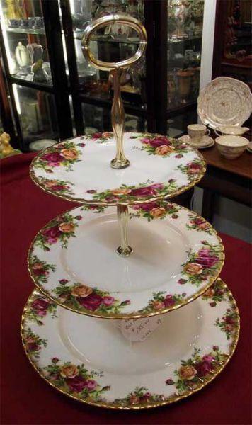 Royal-Albert-Country-Rose-Cakestand