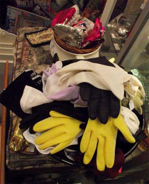 Vintage-gloves
